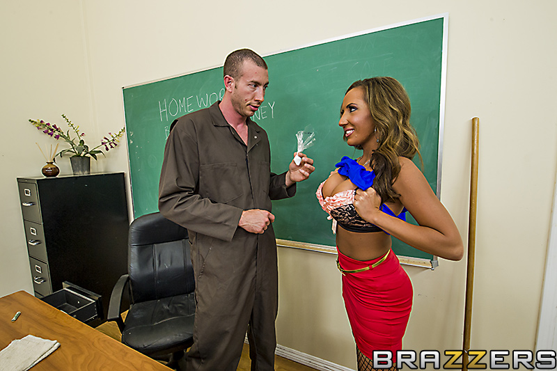 Fucking The Janitor - HQ Pics Sample #7