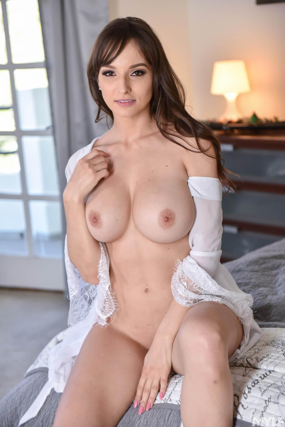 Lexi Luna Porno